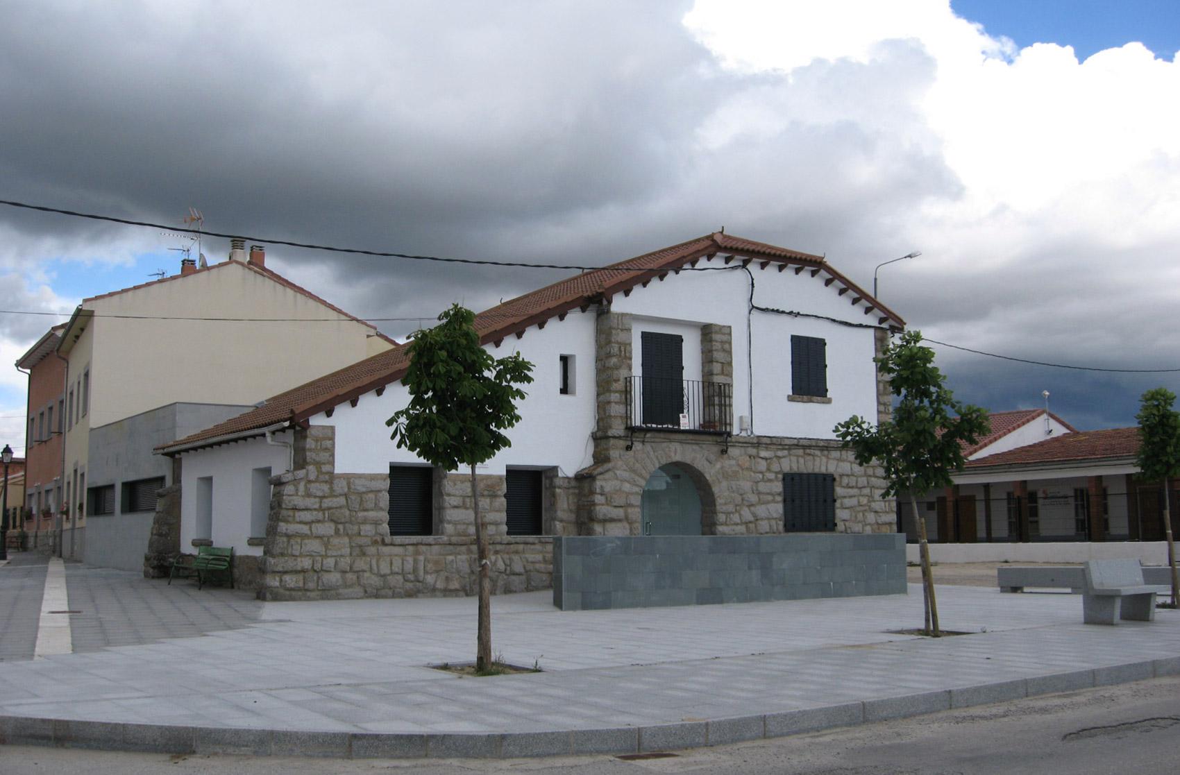 exterior Centro Atencion Primaria Navas San Antonio